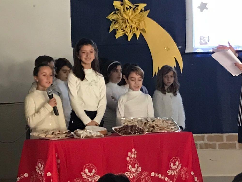 Auguri Di Natale In Dialetto Siciliano.Canti E Cunti Ra Me Terra Una Recita Per Ricordare Le Tradizioni